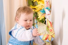 Free Children In The Ukrainian National Costume Royalty Free Stock Photos - 23330758