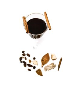 Free Mulled Wine, Cinnamon And Spices Royalty Free Stock Photo - 23352855