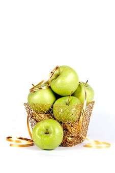 Free Green Apples In A Gold Basket Royalty Free Stock Photos - 23367678