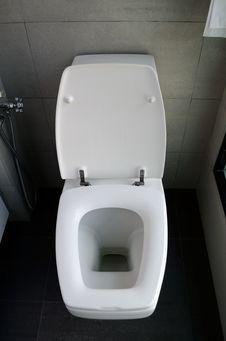 Free White Toilet Bowl Royalty Free Stock Images - 23371679