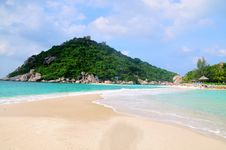 Free Tropical Beach Royalty Free Stock Images - 23377339