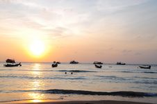 Free Sunset Of Kho Tao Royalty Free Stock Images - 23377799