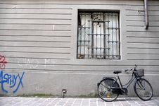 Free Bicycle Parking Royalty Free Stock Image - 23393726