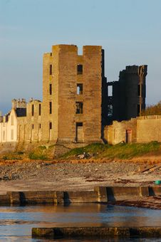 Free Scottish Castle Portrait Stock Photo - 2341050
