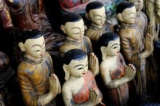 Free Wooden Buddhist Statues Royalty Free Stock Images - 2343149