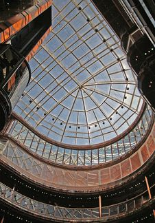 Free Modern Building Atrium II Royalty Free Stock Photography - 2343367