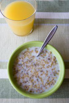 Free Bowl Of Cereal Stock Photos - 2343443