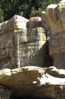 Free Waterfall Royalty Free Stock Image - 2344716