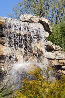 Free Waterfall Royalty Free Stock Photos - 2345698