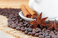 Free Coffee And Cinnamon Royalty Free Stock Photography - 23400137