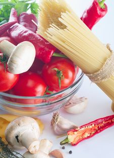 Free Italian Pasta Royalty Free Stock Photo - 23440855