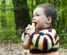 Free Child Drinking Stock Photo - 23444210