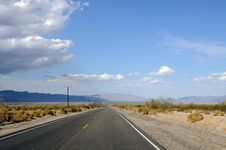 Free Death Valley Road Stock Image - 23448481