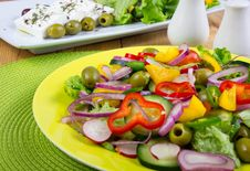 Free Fresh Salad Royalty Free Stock Photo - 23461835