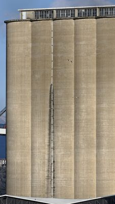Free Port Silos Stock Images - 23469544