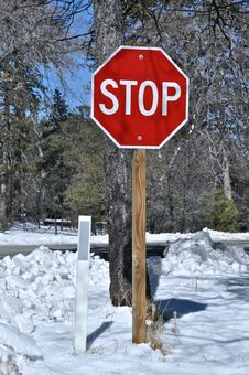 Free Stop In Snow Royalty Free Stock Photos - 23470128