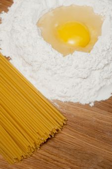 Free Flour And Egg With Yolk And Macaroni Royalty Free Stock Photos - 23489658