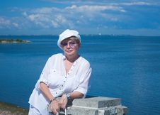 The Woman And  The Gulf Of Finland Stock Photography