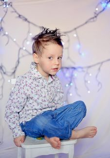 Free The Child And A Garland Stock Images - 23498434