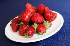 Free Hill Of Strawberries Stock Photos - 2350593