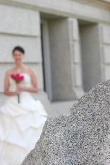 Free Bride Holding Bouquet Stock Photos - 2353353