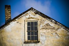Free Ruins Of Old House Royalty Free Stock Photo - 2355505