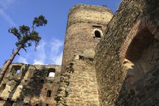 Free Ruin Of The Castle Gutstein Royalty Free Stock Photo - 23500695