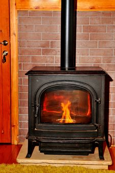 Free Iron Fireplace Royalty Free Stock Photos - 23508408