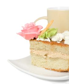 Free Piece Of Cake With Cream  On A Background A Mug Royalty Free Stock Photography - 23529807