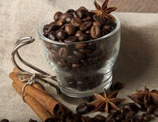Free Coffee Grains And Spices Royalty Free Stock Photography - 23544877