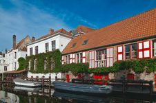 Free Bruges Canal. Royalty Free Stock Image - 23551226