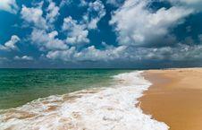 Free Ocean Beach. Stock Photo - 23551340