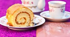 Free Sweets Cake Yellow Stock Images - 23565524