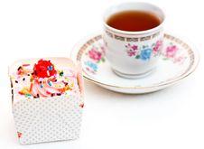 Free Colorful Cupcake Royalty Free Stock Photos - 23565758