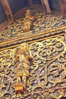 Free Traditional Thai Style Wood Royalty Free Stock Images - 23579349