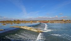 Free Weir On The Jubilee River In England Royalty Free Stock Photo - 23596115