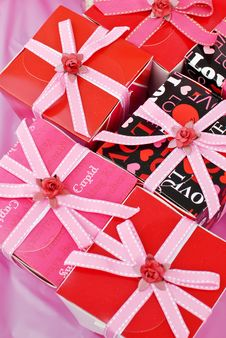 Free Gift Boxes Royalty Free Stock Images - 23598399