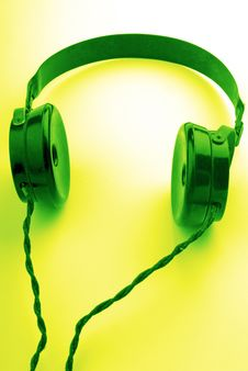 Free Old Headphones Royalty Free Stock Images - 2361569