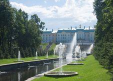 Free Grand Cascade Fountains At Peterhof Palace Garden Royalty Free Stock Photos - 23612728