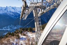 Free Cable Railway Over The Snow Stock Photography - 23620862