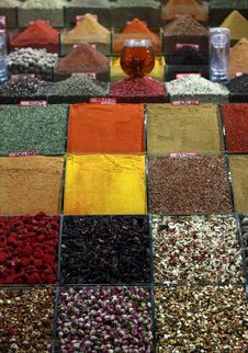 Free Spice Bazaar, Istanbul. Royalty Free Stock Image - 23630166