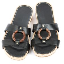 Free Black Female Shoes Royalty Free Stock Photo - 23661815