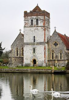 Free Riverside  English Village Church And Tower Royalty Free Stock Images - 23683819