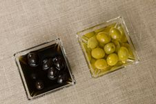Free Black And Green Olives Stock Photos - 23707093