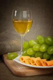 Free Wine, Grape And Cheese Royalty Free Stock Photography - 23707157