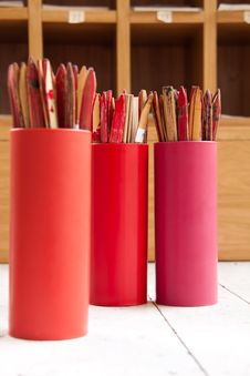 Free Bamboo Cylinder For Fortune Tell Royalty Free Stock Photo - 23710565