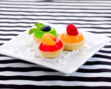 Free Sweet Snack Jelly Cupcake Stock Photos - 23733613