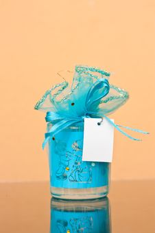 Free Blue Gift Royalty Free Stock Photo - 23756995