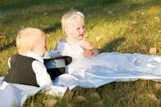 Free Children Dressed As Bride And Groom Stock Images - 23763334