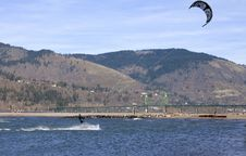 Free Wind Surfing On The Columbia River, Hood River OR. Stock Photography - 23767492